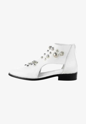 MARANO  - Ankle boots - white