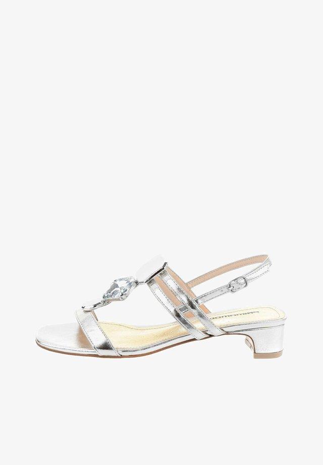 CREMASCO  - Sandaalit nilkkaremmillä - silver