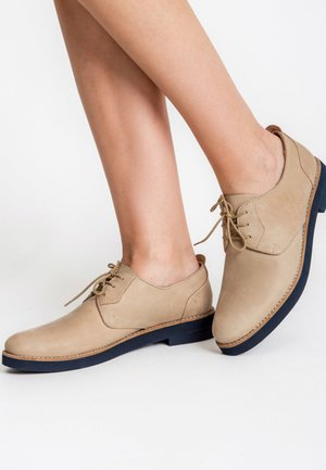 ALTINO - Casual lace-ups - beige