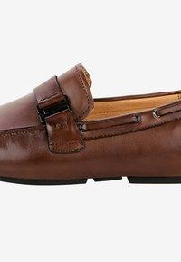 PRIMA MODA - ARFANTA - Chaussures bateau - brown - 4