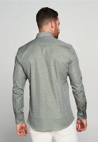 PROFUOMO - Overhemd - green - 1
