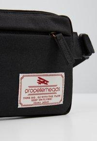 Propellerheads - Bum bag - black - 6