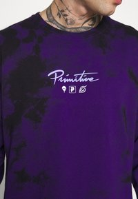 Primitive - NARUTO POWERS WASHED TIE DYE TEE - Top s dlouhým rukávem - purple - 5