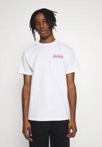 Primitive - NARUTO STRIKE TEE - Print T-shirt - white - 2