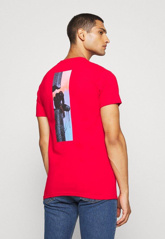SPIDER MAN TEE - Print T-shirt - red