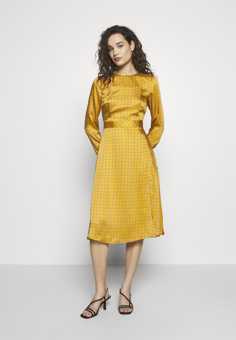 Progetto Quid - DRESS - Day dress - gold