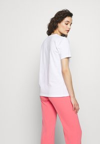 Progetto Quid - T-shirt med print - white - 2