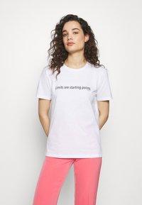 Progetto Quid - Print T-shirt - white - 0