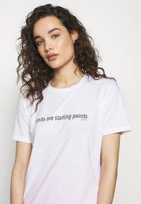 Progetto Quid - Print T-shirt - white - 5