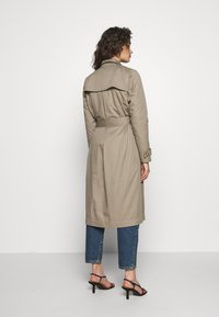 Progetto Quid - PERVINCA - Trench - light brown - 2