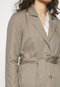Progetto Quid - PERVINCA - Trench - light brown - 6