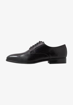 DANIEL - Elegantní šněrovací boty - black