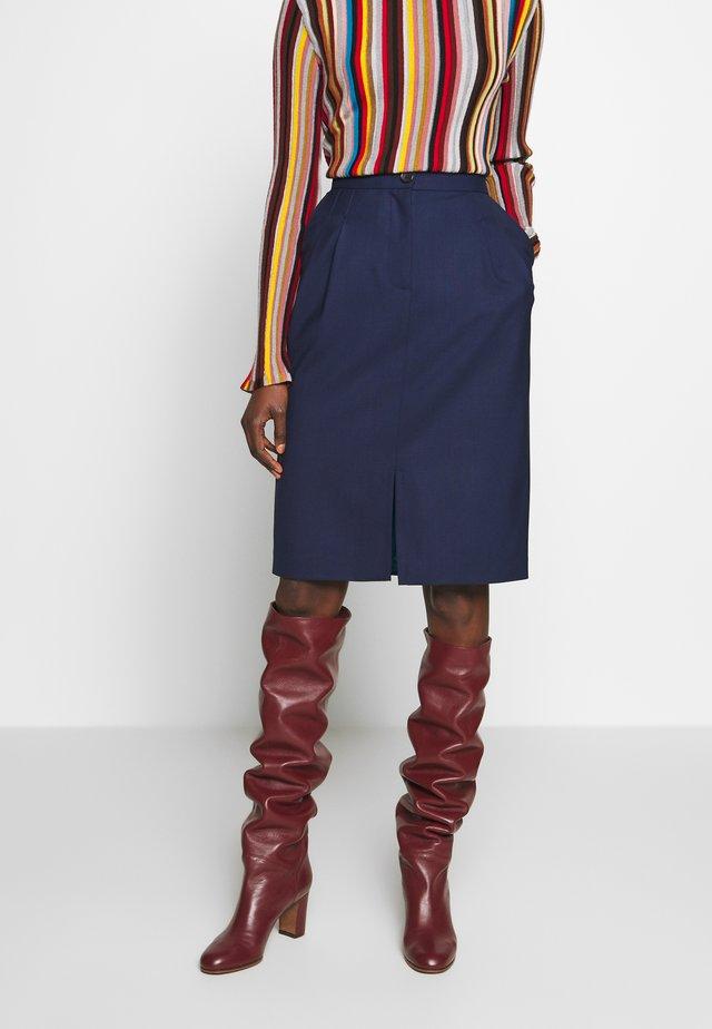 Pouzdrová sukně - navy