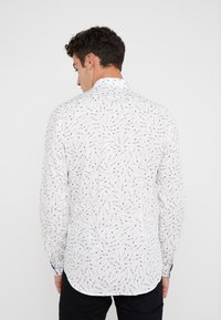 PS Paul Smith - SHIRT SLIM FIT  - Chemise - white - 2