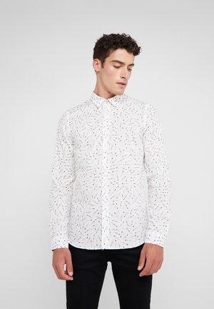 SHIRT SLIM FIT  - Shirt - white