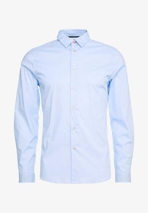 SHIRT SLIM FIT - Finskjorte - light blue