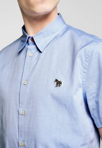 PS Paul Smith - MENS CASUAL FIT BADGE - Shirt - light blue - 5