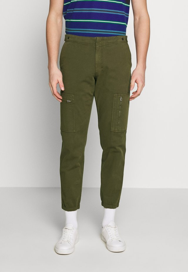FLIGHT PANTS - Reisitaskuhousut - dark olive
