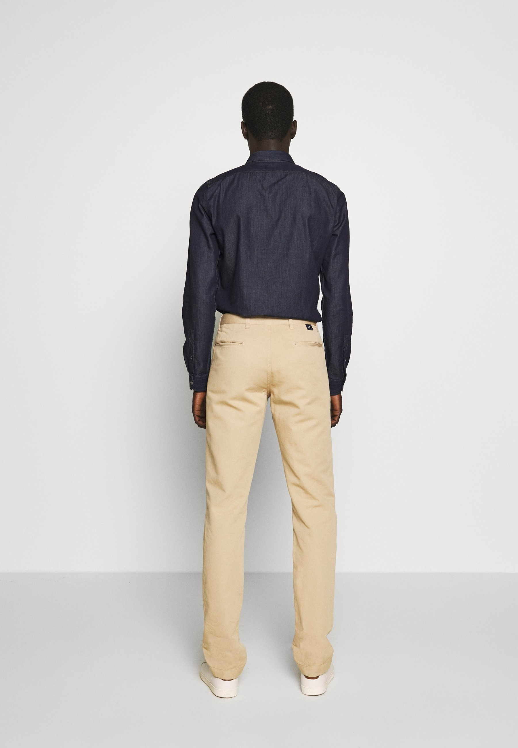 Ps Paul Smith Mens Mid Fit Stitched Chino - Chinos Camel