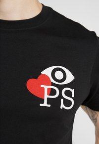 PS Paul Smith - MENS SLIM FIT LOVE - Camiseta estampada - black - 5
