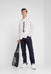 PS Paul Smith - REGULAR FIT DINO - T-Shirt print - white - 1
