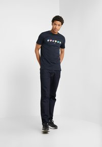 PS Paul Smith - SLIM FIT MONKIES - T-Shirt print - navy - 1