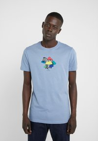 PS Paul Smith - MENS SLIM FIT TSHIRT CLOUD ZEBRA - Print T-shirt - blue - 0
