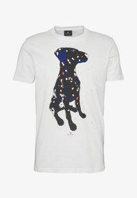 PS Paul Smith - MENS  DALMATION - T-shirt z nadrukiem - white - 4