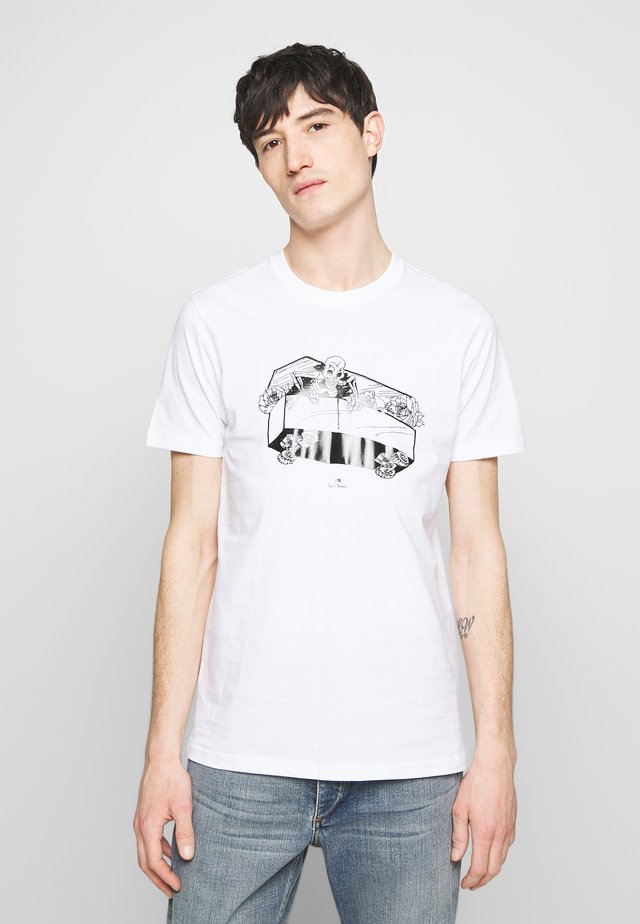SLIM FIT COFFIN - T-shirt print - white