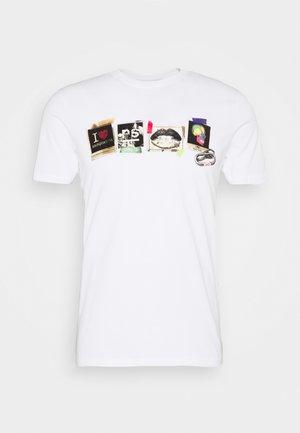 MENS SLIM FIT SASQUATCH - T-shirts med print - white