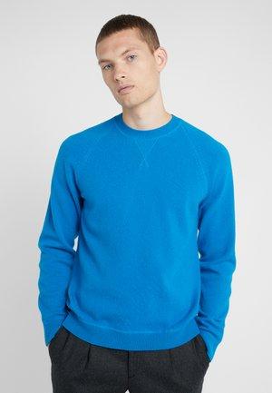CREW NECK - Strikkegenser - blue