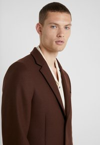 PS Paul Smith - OVERCOAT - Zimní kabát - brown - 3