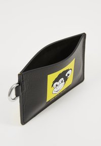 PS Paul Smith - EXCLUSIVE MONKEY CARD WALLET - Peněženka - black - 4