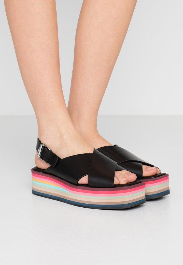 BECCA - Korkeakorkoiset sandaalit - black