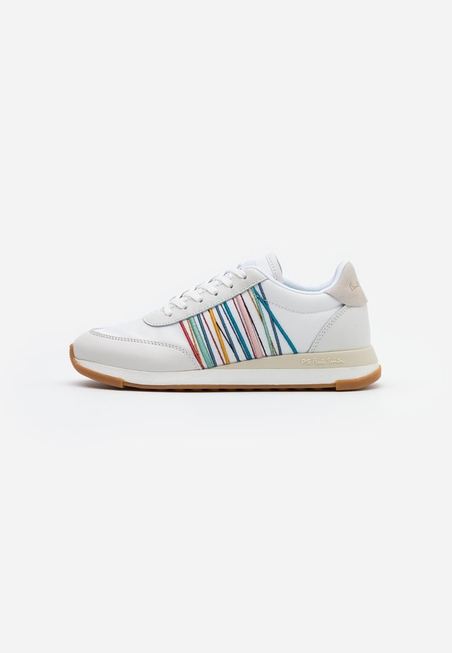 ARTEMIS - Trainers - white