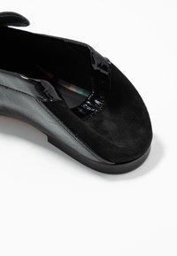 Paul Smith - FREDA - Nazouvací boty - black - 6
