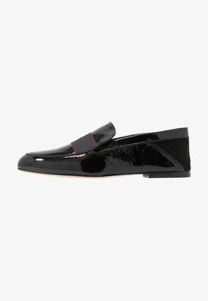 FREDA - Nazouvací boty - black