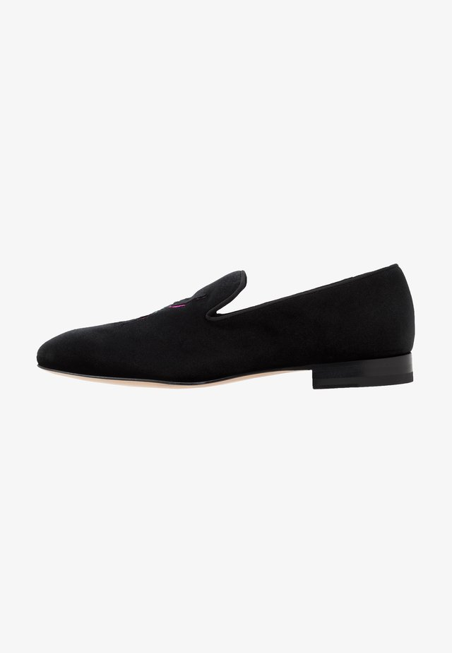BEETLE - Loaferit/pistokkaat - black