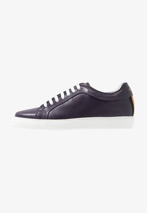 MENS SHOE NASTRO - Matalavartiset tennarit - aubergine