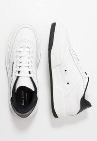 Paul Smith - HACKNEY - Baskets basses - white/black - 1