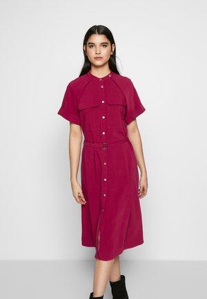 Skjortklänning - pink