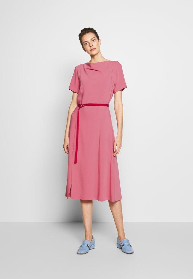 Denní šaty - pink