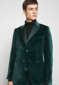 Paul Smith - GENTS TAILORED FIT EVENING SUIT SET - Oblek - dark green - 7