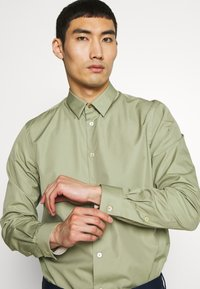Paul Smith - GENTS  - Camicia - light green - 3