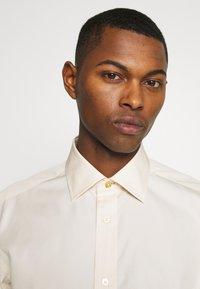 Paul Smith - GENTS SOHO SHIRT - Camicia elegante - off-white - 3