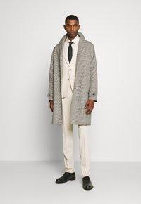 Paul Smith - GENTS SOHO SHIRT - Camicia elegante - off-white - 1