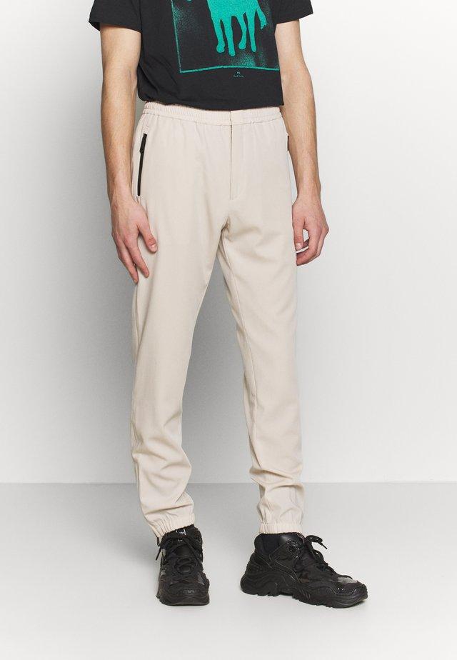 GENTS DRAWCORD TROUSER - Kalhoty - beige