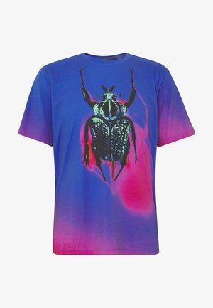 BEETLE - Print T-shirt - purple