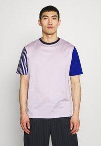 Paul Smith - GENTS OVERSIZE STRIPED SLEEVE - T-shirt imprimé - lila - 0