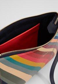 Paul Smith - WOMEN BAG POCHETTE - Taška spříčným popruhem - multicoloured - 5